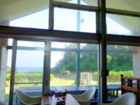 奄美大島のレスト&ロッジ翔 - フロント&レストランからの景色