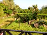 奄美大島のレスト&ロッジ翔 - ペンションから海はかすかに見える程度?