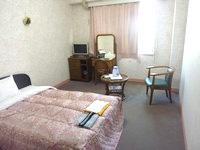 奄美大島のサンフラワーシティホテル - 部屋は広いが冷蔵庫がない!!!