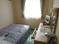 奄美大島のホテルビッグマリン奄美 - 部屋はかなり狭め