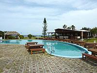 奄美大島の奄美大島リゾートホテルコーラル・パームス - プールはあるけど水浴び程度のもの