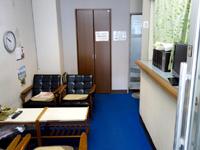 奄美大島のゲストハウス ライズカレント - フロントはありますが使われていません