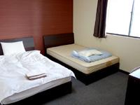 奄美大島のゲストハウス ライズカレント - 洋室タイプはかなり広め