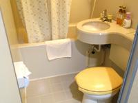 奄美大島のゲストハウス ライズカレント - 洗浄便座はなく水回りはやや古め
