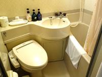 奄美大島の奄美ポートタワーホテル(旧トロピカルステーションホテル) - 洗浄便座もあって以前より快適