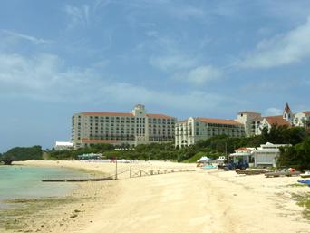 中部のホテル日航アリビラ・ヨミタンリゾート沖縄