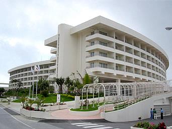 中部のEMウェルネスセンター&ホテルコスタビスタ沖縄