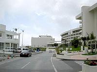 中部のEMウェルネスセンター&ホテルコスタビスタ沖縄 - ホテルの隣りにEMスパはあります