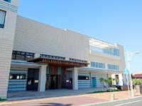 中部のダブルツリー・バイ・ヒルトン 沖縄北谷リゾート - 本家ヒルトン側に入口あり