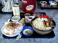 波照間島の民宿たましろ - 食事1(八重山ソバ)