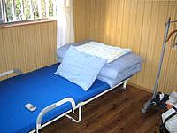 鳩間島の島茶屋&宿屋あだなし - 洋室はこんな感じ。和室も同じ広さ