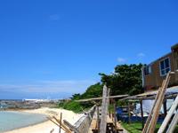 鳩間島のペンション マイトウゼ - まさにシーサイド。海の望みながらの食事。