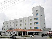 北部のホテルモトブリゾート - 国道沿いにあるホテル