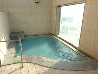 北部のホテル ルートイン名護 - 展望風呂は露天にもなる