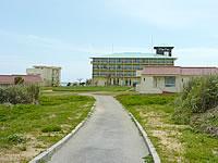 伊計島のAJリゾートアイランド伊計島(2014年4月頃再オープン・旧ビッグタイムリゾート) - ビーチまではこの出口から延々歩く