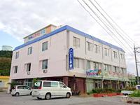 平安座島の観光ビジネスホテル平安