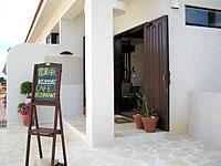 池間島のアイランドテラスニーラ - カフェは外来でもオッケー