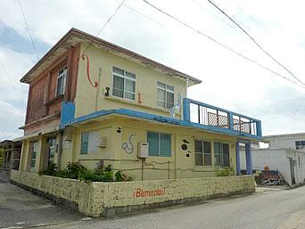 伊良部島のゲストハウス カサ・デ・アマカ/casa de hamaca