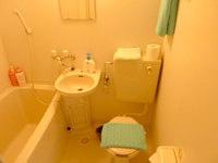 西表島のゲストハウス アルファールーム - 水廻りは洗浄便座無し