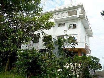 西表島のシーサイドホテルロイヤルブルームーン