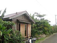 西表島の素泊り宿 遊しび - 大富集落のかなり奥にあります