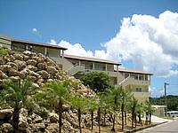 西表島のイルマーレウナリザキ - 客室は坂側にあります