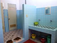 西表島のカンピラ荘 - 2階の水回り