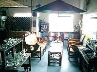 西表島の西表自然学校 - 併設されているバーです