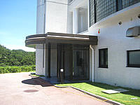 石垣島のリゾートクリスタルベイ川平 - エントランスはひっそりとしていました