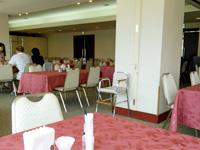 石垣島のホテルグランビュー石垣(旧:チサンリゾート石垣/石垣グランドホテル) - 2階の食事スペースはイマイチ