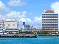 石垣島のブルーキャビン石垣島/ブルーカフェ石垣島 - 左グランビュー・右チャイナシー・中央がここ