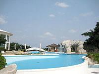 石垣島のANAインターコンチネンタル石垣リゾート(旧石垣全日空ホテル&リゾート) - 屋外プールは家族連れ向きかも?
