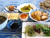 石垣島の民宿あしび島 - 夕食も大満足!
