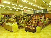石垣島の南の美ら花ホテルミヤヒラ - お土産などの売店コーナーは充実