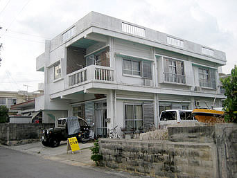 石垣島の素泊まりのとら家