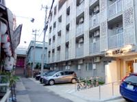 石垣島のホテルWBFマルシェ石垣島/ホテルWBF公設市場 - モールまで近いが周辺道路は超狭い