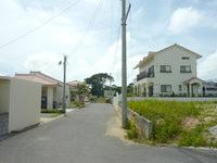 石垣島のオーシャンビューゆい - 新興分譲地の中にあります
