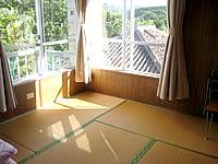 石垣島の前高屋 - 基本的に和室でバス・トイレ共用