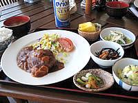 石垣島の前高屋 - 食事は沖縄的ではないがとっても美味しい