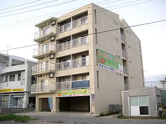 石垣島のピースリーイン登野城(宿としては閉館)