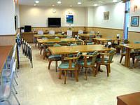 石垣島のピースアイランド石垣イン八島 - 食堂はそこそこ広さがあります