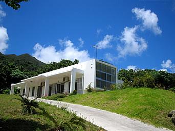 石垣島の小さなペンション藍