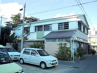 石垣島の民宿楽天屋