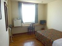 石垣島の先島ビジネスホテル - 部屋は広いが設備はダメダメ
