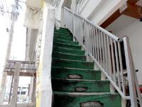 石垣島のすどまり館 - 3階まで階段なので重い荷物は大変