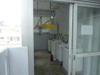 石垣島のホテルチューリップ石垣島 - 洗濯機置き場は以前とは違って室内に