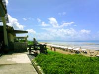 小浜島の小浜島ビーチ&リゾート はいむるぶし - はいむるビーチは一番奥