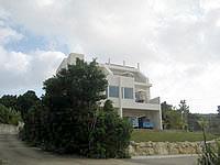 古宇利島のプチリゾート古宇利島 - 古宇利島では数少ない3階建て