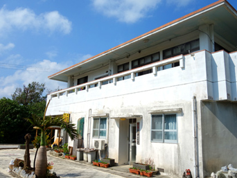 久米島の民宿ビーチハウス宮城