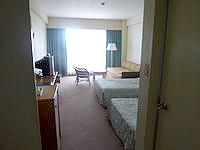久米島の久米島イーフビーチホテル - 客室はやや古め